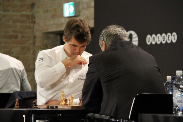 Magnus Carlsen vs. Vassily Ivanchuk, Photo Cathy Rogers